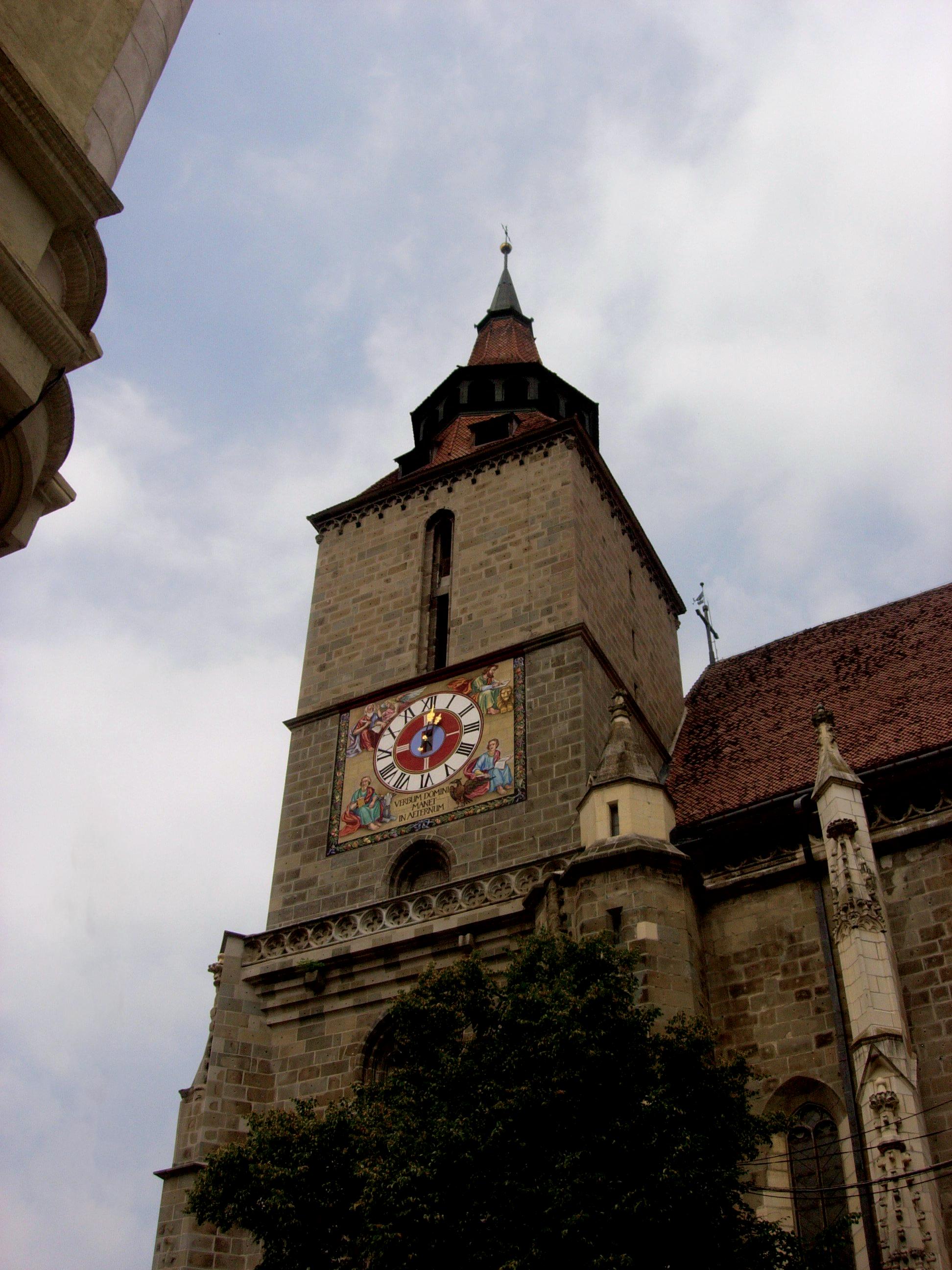 הכנסיה-השחורה-בבראשוב_03